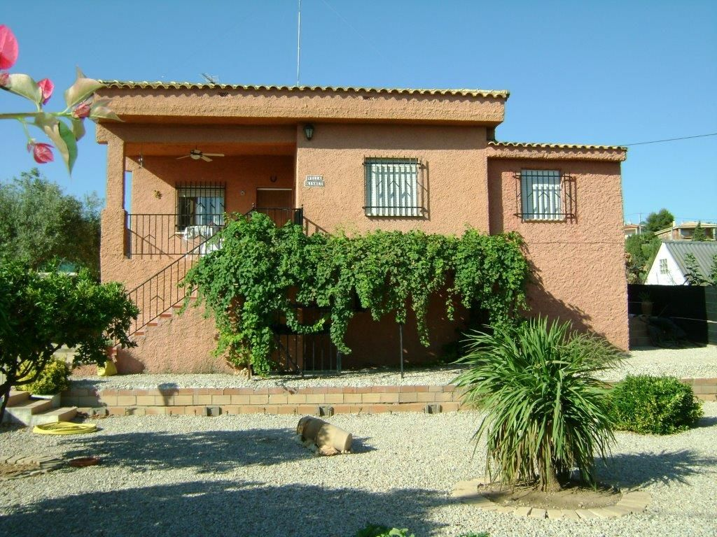 Lovely Property in Turis